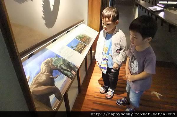 2011.08.10 台灣博物館 (4).JPG