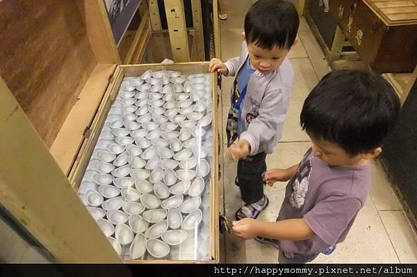 2011.08.10 台灣博物館 (9).JPG