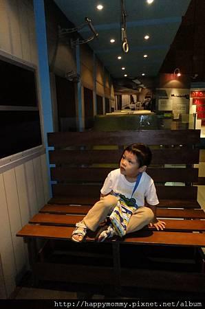2011.11.06 台鐵百年文物特展 (22).JPG