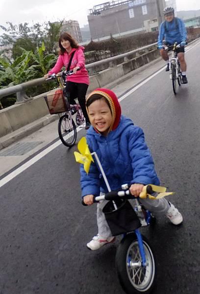 轉動臺灣向前行 One Bike One (11).jpg