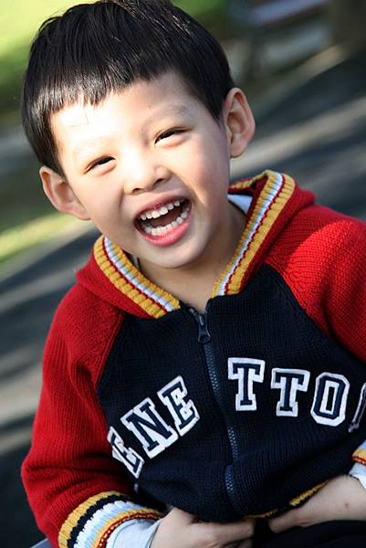 2012.01.17 美崙公園玩耍 騎車 (18).jpg
