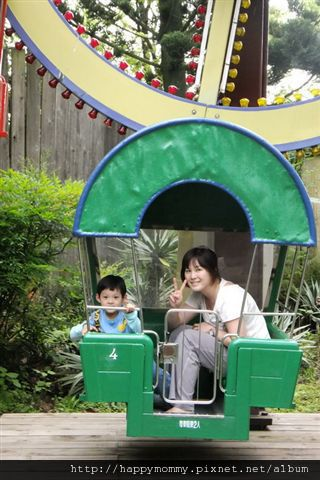 2012.04.15 六福村 海綿寶寶主題活動 (17)