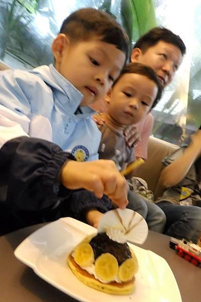 2012.04.28 嘉義香蕉咖啡聚餐 (2)