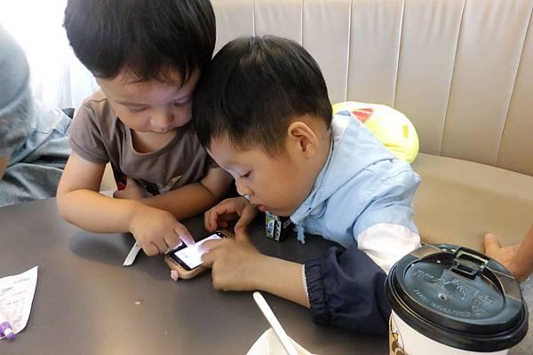 2012.04.28 嘉義香蕉咖啡聚餐 (4)