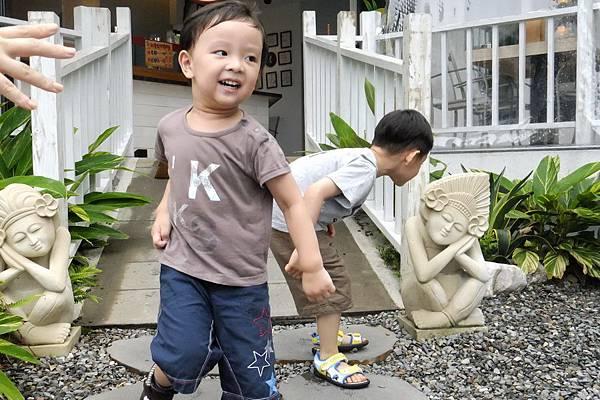 2012.04.28 嘉義香蕉咖啡聚餐 (9)
