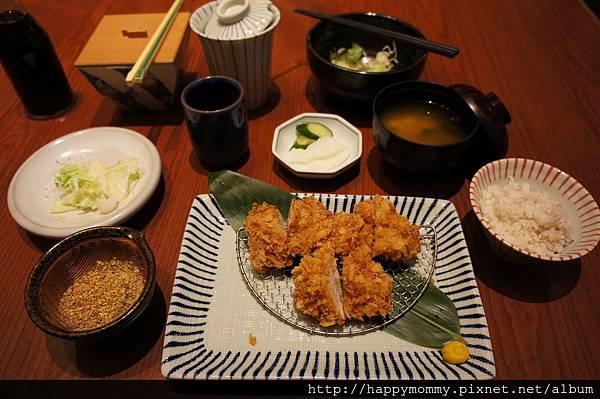 2012.11.08 九洲杏子豬排 (15)