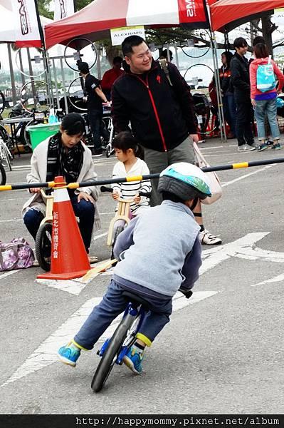 2012.12.02 輪躍台南 PushBike 比賽 (15)
