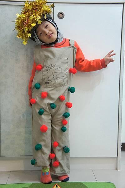 2012.12 聖誕表演服裝 火柴棒 (8)