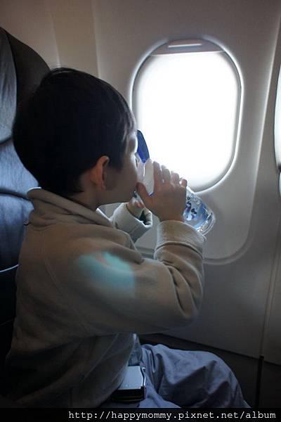 2012.12.22 廉價 航空捷星航空JetStar 初體驗 台北往大阪 (8)