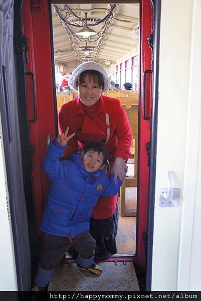 2012.12.25 京都 嵯峨觀光小火車 嵐山電車 金閣寺 (27)