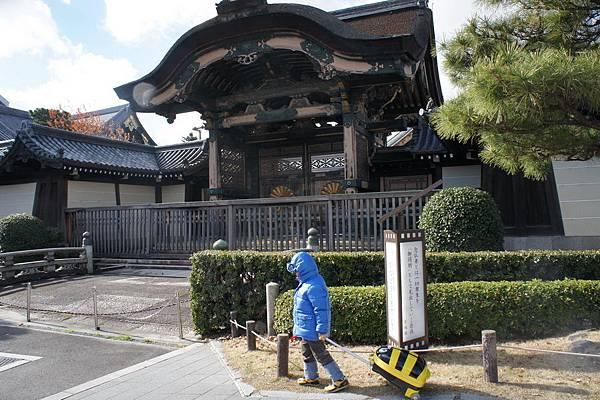 2012.12.26 京都回台灣 搭Haruka到關西機場 (7)