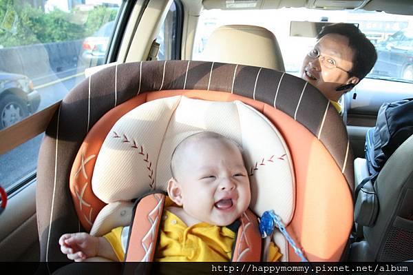 2008.09.07 奇哥 棒球兒童汽車安全座椅 (4)