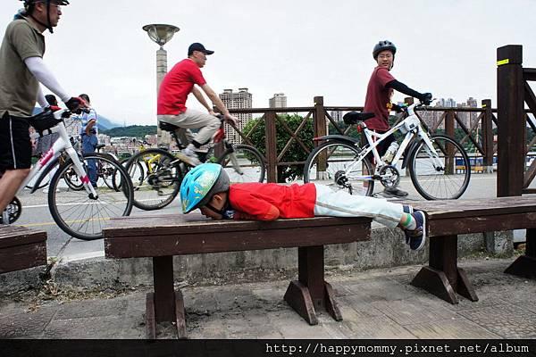 2013.05.05 鐵馬御風 關渡到八里單車道 (12)