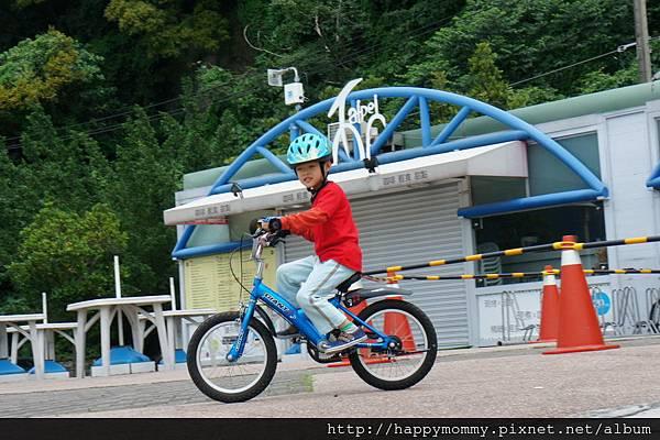 2013.05.05 鐵馬御風 關渡到八里單車道 (2)