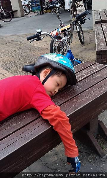 2013.05.05 關渡到八里單車道 累倒 (24)