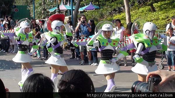 2011.02.28 香港 迪士尼樂園 (105).jpg