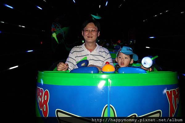 2011.02.28 香港 迪士尼樂園 (168).JPG