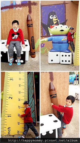 2013.12.14 香港親子遊 耶誕節 迪士尼樂園 (21).jpg