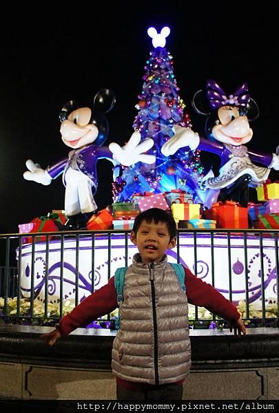 2013.12.14 香港親子遊 耶誕節 迪士尼樂園 (49).jpg