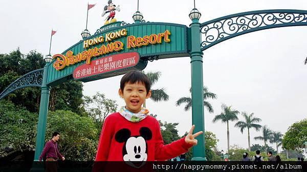 2013.12.14 香港親子遊 耶誕節 迪士尼樂園 (3).JPG