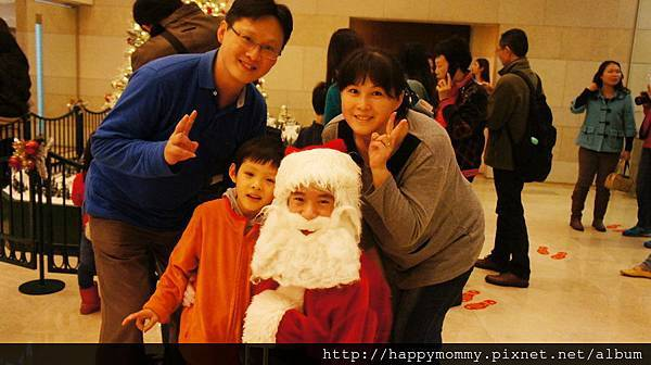 2013.12.15 聖誕節 香港親子遊 銅鑼灣 尖沙咀 (23).JPG