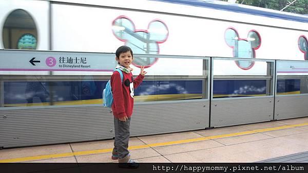 2013.12.14 香港親子遊 迪士尼樂園 (13)
