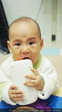 Vtech寶寶智慧型手機玩具 (15).JPG