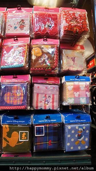 2014.12.29 東京迪士尼紀念品商店和餐廳食物 (1).JPG