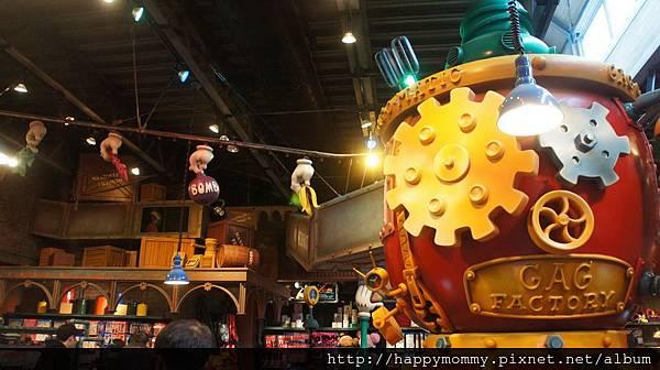 2014.12.29 東京迪士尼紀念品商店和餐廳食物 (3).JPG