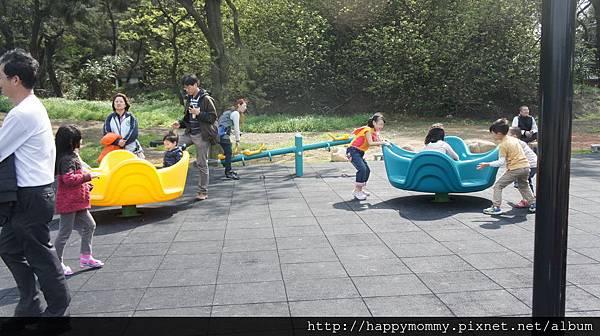 2015.03.28 樂農莊 打高爾夫 開小車 盆栽設計 (34).JPG