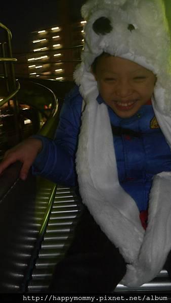 2014.12.30 東京晴空塔 大橫川公園超長鏤空溜滑梯 (11).JPG