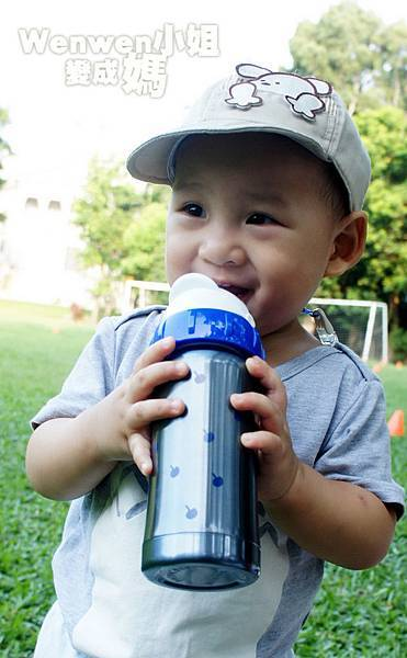 Pacific Baby 美國不鏽鋼保溫太空瓶 不鏽鋼奶瓶 (11).jpg