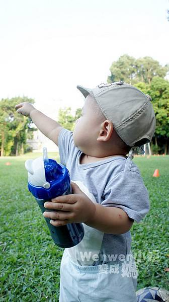 Pacific Baby 美國不鏽鋼保溫太空瓶  不鏽鋼奶瓶 (12).JPG