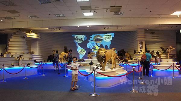 2015.08.29 台北市立動物園 教育中心 恐龍探索館 (1).JPG