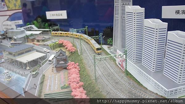 2015.11.22 台北車站 日本東京 精及台鐵友好締結 火車模型展(12).JPG