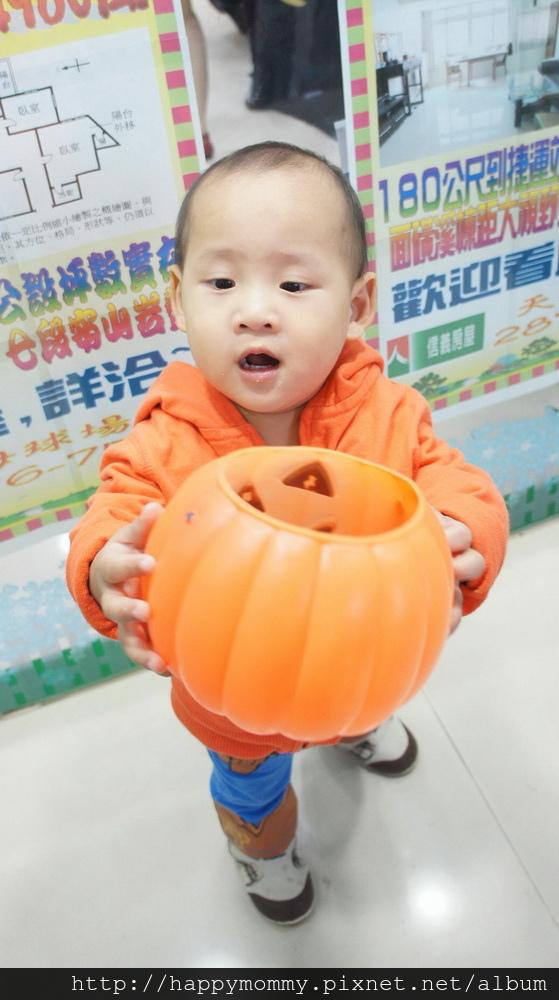 2015.10.31 天母萬聖節 (20).JPG