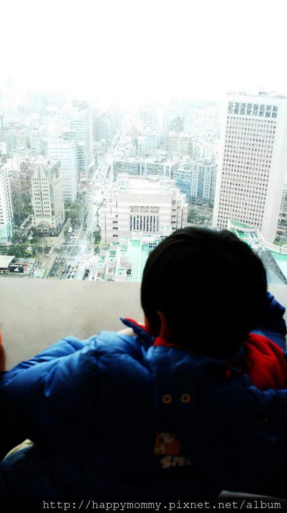 台北101大樓第35樓星巴克咖啡 (5).jpg