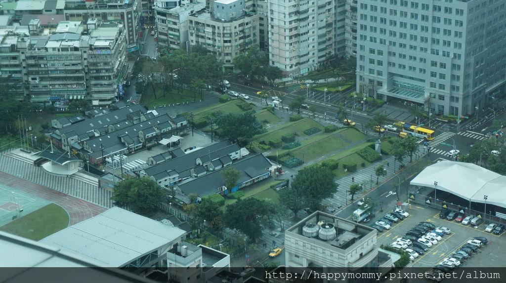台北101大樓第35樓星巴克咖啡 (10).JPG