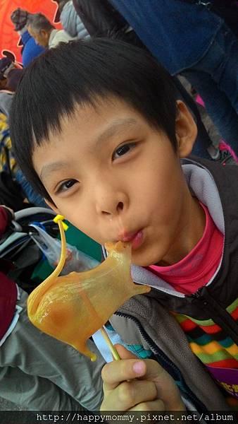 2015.03.08 花博公園做燈籠 北京文化廟會做捏麵人 吹糖 (34).jpg