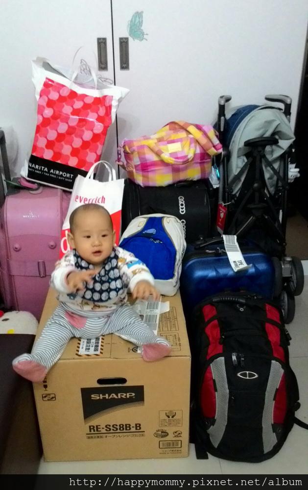 日本東京親子遊行李及戰利品 (2).jpg