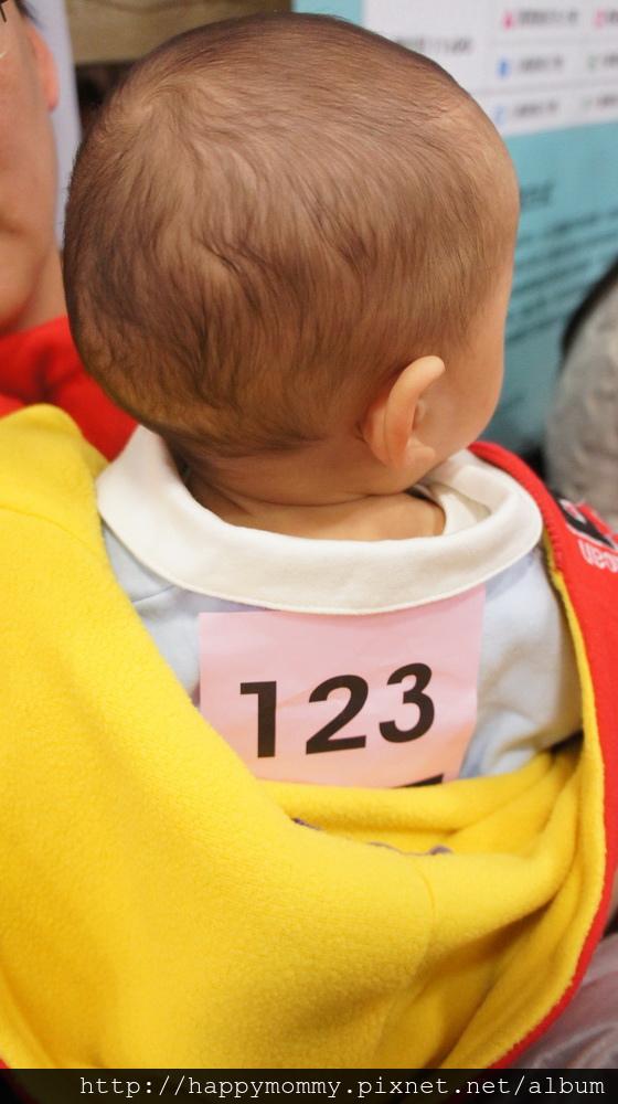 2014.12.21 世貿寶寶爬爬比賽 (4).JPG