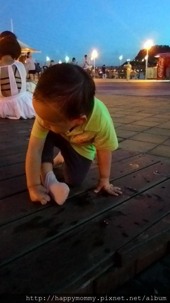 2016.08.07 關渡碼頭騎滑步車 玩水 (17).jpg
