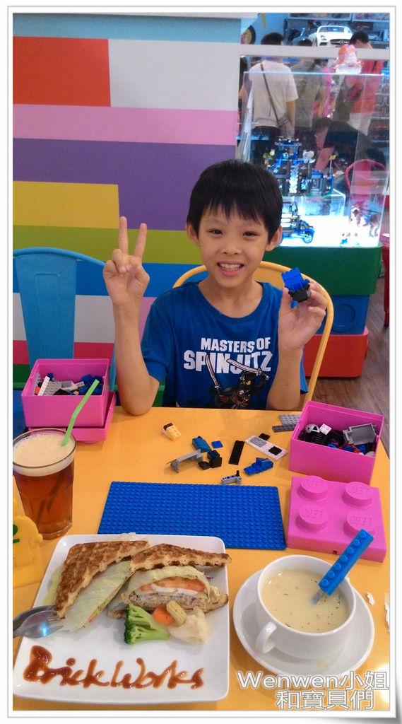 2016.06.09 the Brick 樂高餐廳 中和環球購物中心(23).jpg