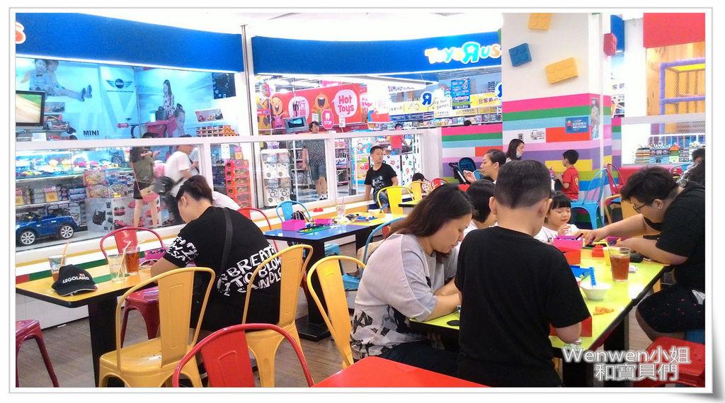 2016.06.09 the Brick 樂高餐廳 中和環球購物中心(9).jpg