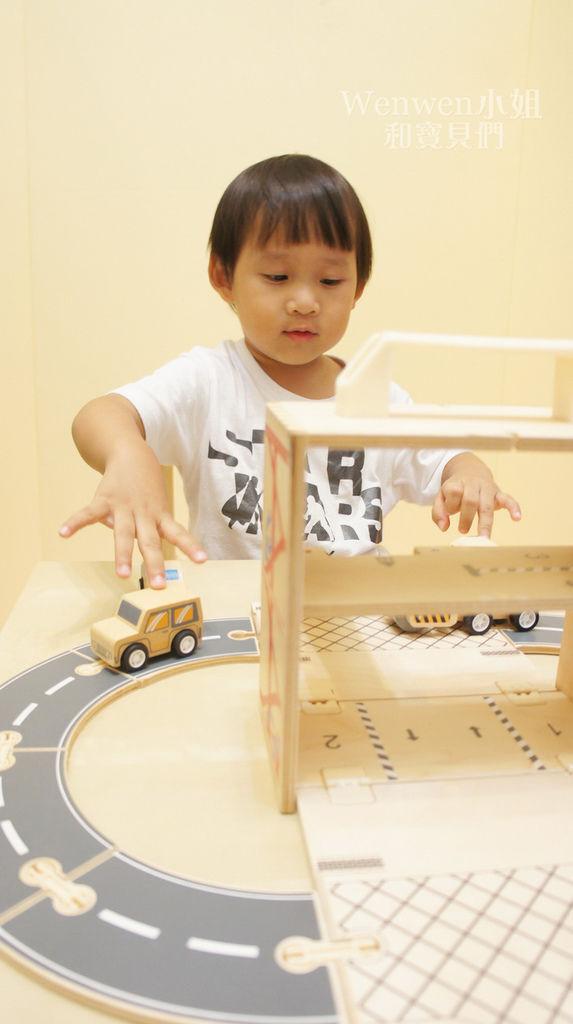 Boxset攜帶式玩具箱 車子屋 (8).JPG