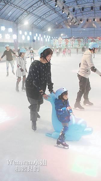 2017.12.02 中國信託滑冰場 海豚滑冰 (31).JPG