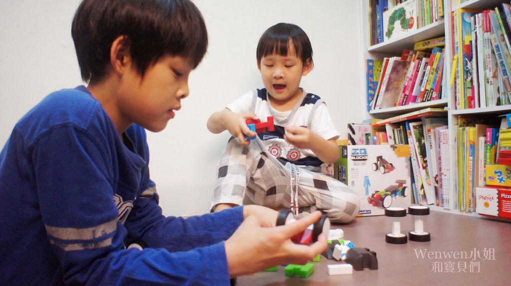 2018.04 STEAM玩具 頂尖建構積木系列 霹靂車 (17).JPG