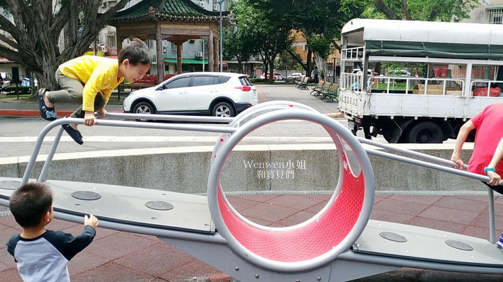 北投 石牌共融式公園 特色翹翹板 (13).jpg