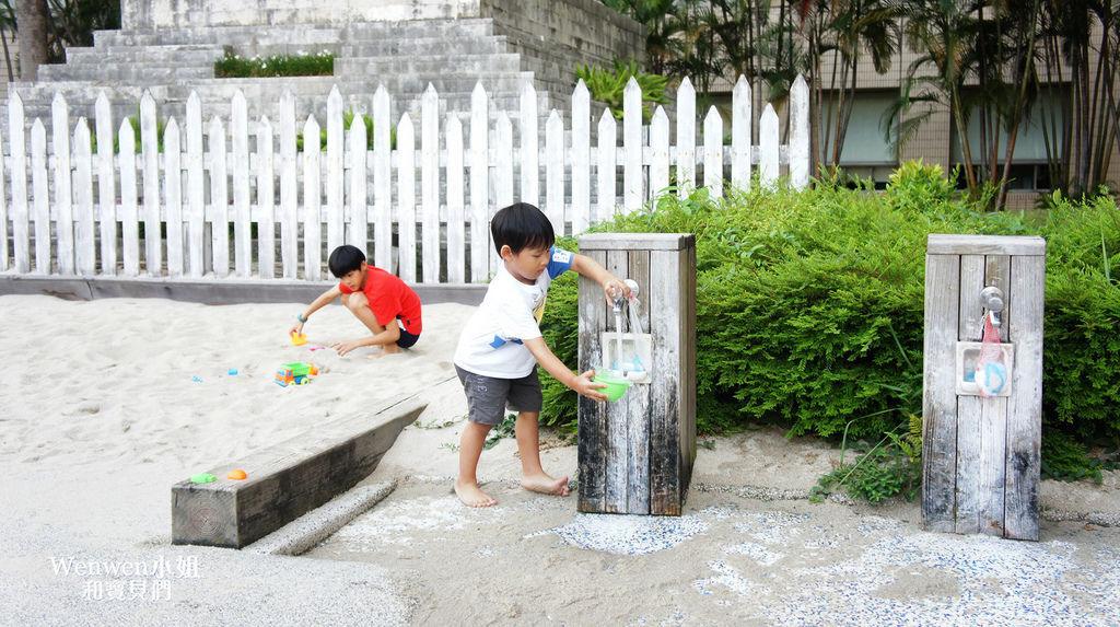 2018.08.25 台北市政府人工沙攤 戶外沙坑 (5).JPG