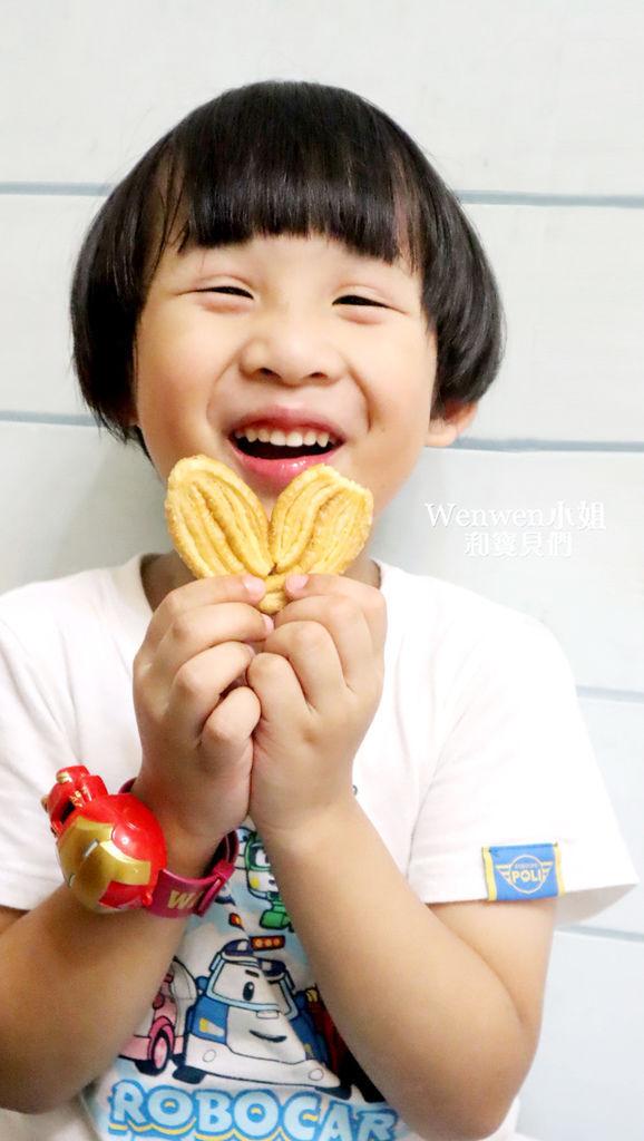 香貝里手工餅乾 蝴蝶酥 彌月禮盒 彌月試吃 (24).JPG